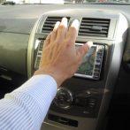 車のエアコンを「ON」にすると異音がする!故障の原因と修理費用
